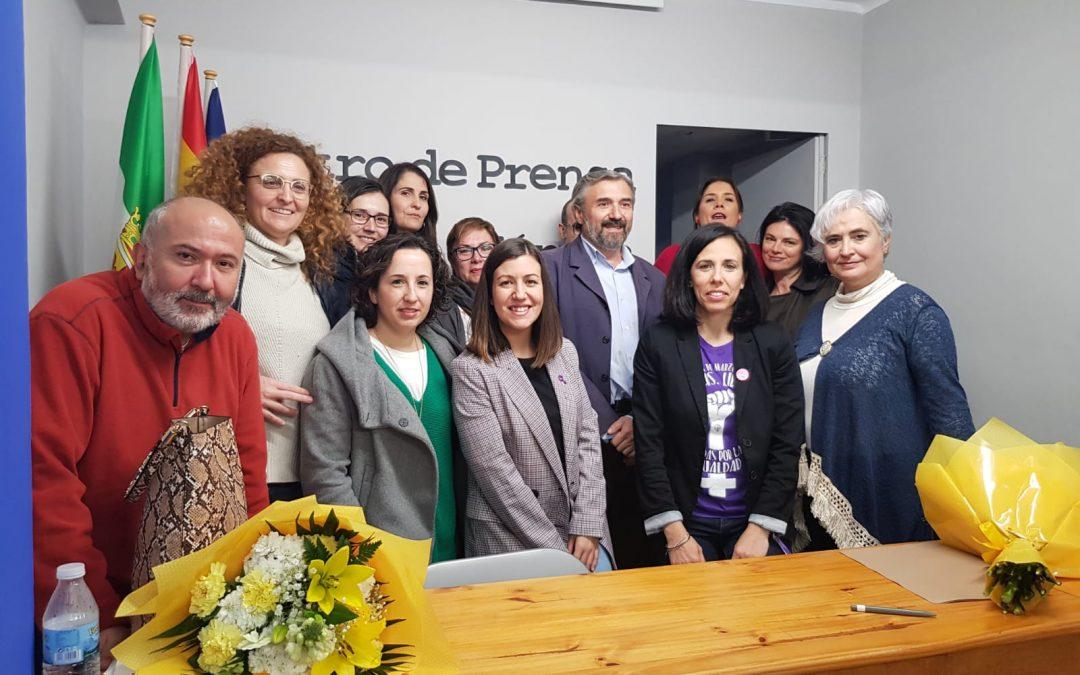 La Asociación de la Prensa de Mérida firma un convenio con la Asociación Profesional de Agentes de Igualdad de Extremadura